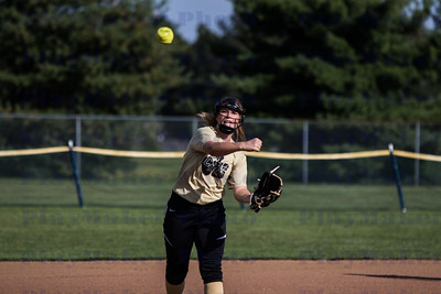 9-21-17 Fredericktown High School Varsity Softball (17)
