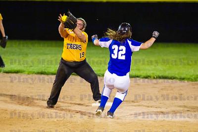 Arcadia Valley vs Valle High School Softball (21)