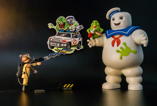 Toyota FJ Ghostbusters Ecto1, Stay Puft Marshmellow Man, Slimer Playmobil