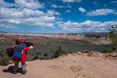 Playmobil photographer. Cottonwood Canyon Road, Utah