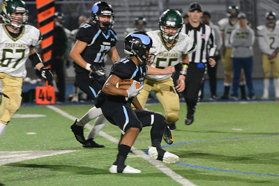 Pleasant Valley's Blege Thomas runs with the ball during the semi final Northern Section Division II football playoff game against Red Bluff, Saturday, Nov. 24, 2018, at Asgard Yard in Chico, California. (Carin Dorghalli -- Enterprise-Record)