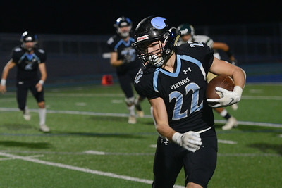 Pleasant Valley's Aidan Parks runs with the ball during the semi final Northern Section Division II football playoff game against Red Bluff, Saturday, Nov. 24, 2018, at Asgard Yard in Chico, California. (Carin Dorghalli -- Enterprise-Record)