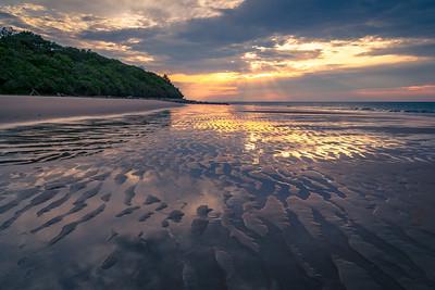 Sandy Point Rays