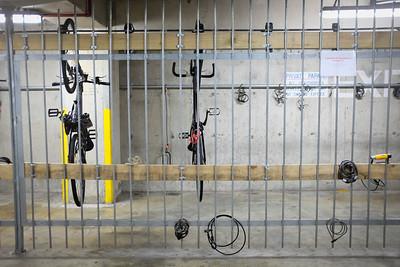 092 Caged