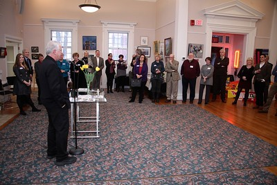 Plymouth Guid & Center for the Arts President Mulchahy welcomes the 5 members of the UK delegation, the Plymouth 400 Committee and Art Center members to the MA 400 Forum reception on Sunday evening. WickedL ocal Photo/Denise Maccaferri