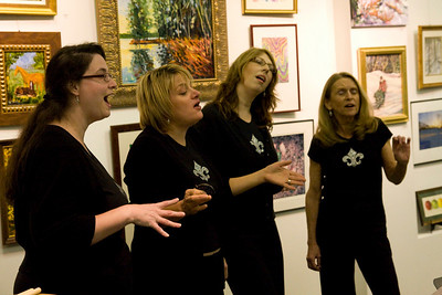 Andie Piddington, Sarah Shunk, Deborah Stewart and Sylvia Freeman of Fleur-de-Lisa, perhaps the first a cappella group to compose and sing songs based on haiku in English.