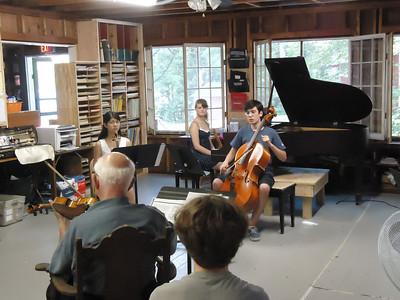 Joseph Silverstein Coaches the Dumky Trio