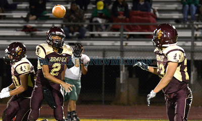 Pojoaque Valley -vs- Santa Fe Indian School football game played Thursday, September 29, 2016 at the Santa Fe Indian School Athletic Complex. Clyde Mueller/The New Mexican