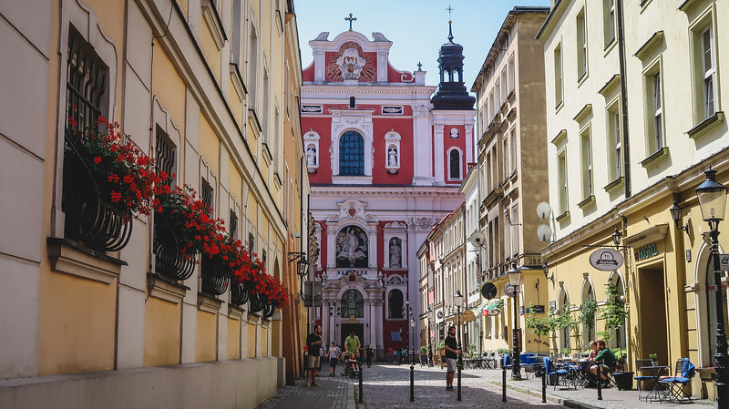 One of our favourite things to do in Poznan was to get lost on foot.
