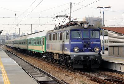 EU07 190 at Warsaw Wschodnia on 2nd November 2012