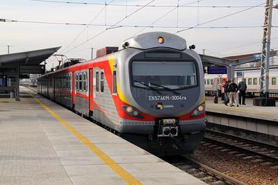 3) EN57AKM-3004ra at Warsaw Wschodnia on 2nd November 2012