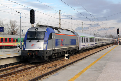5 370 007 (91 51 5370 007-4 PL-PKPIC) at Warsaw Wschodnia on 3rd November 2012