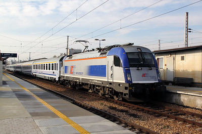 5 370 008 (91 51 5370 008-2 PL-PKPIC) at Warsaw Wschodnia on 2nd November 2012