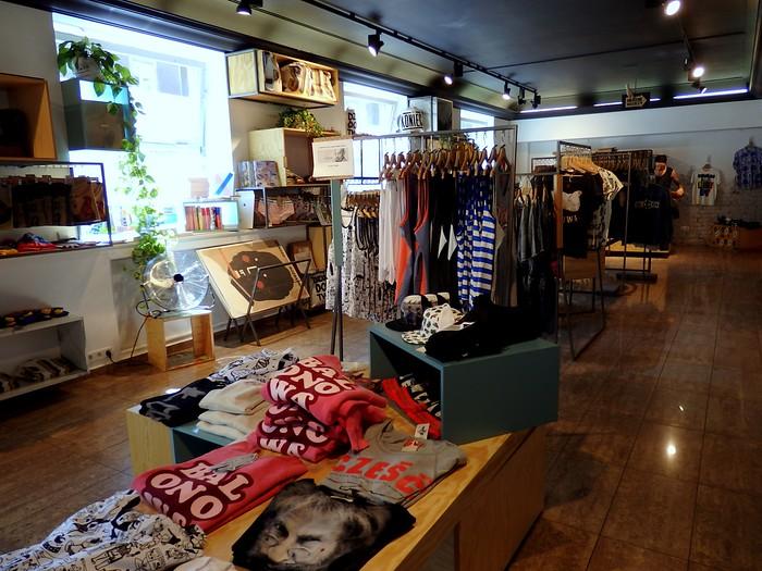 Shopping at Pan Tu Nie Stał in Warsaw