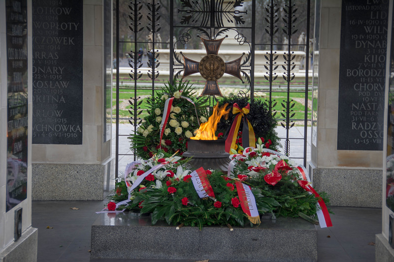 warsaw poland tomb of the unknown soldier