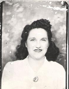 "Jadwiga ""Hattie"" (Szymanski) Keir Born October 14, 1913 in Valier, Illinois. Died April 7, 1960. Married Frank Keir March 20, 1933. Jadwiga ""Hattie"" (Szymanski) Keir Born October 14, 1913 in Valier, Illinois. Died April 7, 1960. Married Frank Keir March 20, 1933. Two children, Lottie and Frank Edward. (courtesy Lottie Keir Moore)"