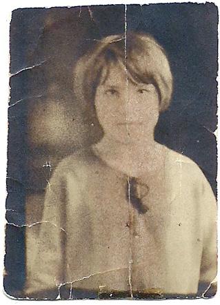 "Jadwiga ""Hattie"" (Szymanski) Keir Born October 14, 1913 in Valier, Illinois. Died April 7, 1960. Married Frank Keir March 20, 1933. Two children, Lottie and Frank Edward. (courtesy Lottie Keir Moore)"
