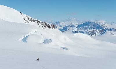 Radar survey of the Upper Driscoll Glacier