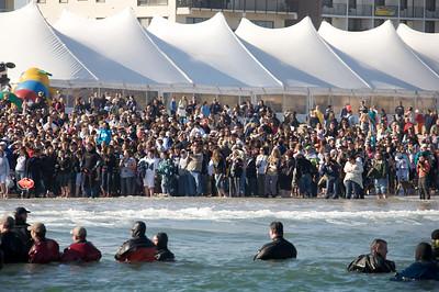 Plunge Crowd 10