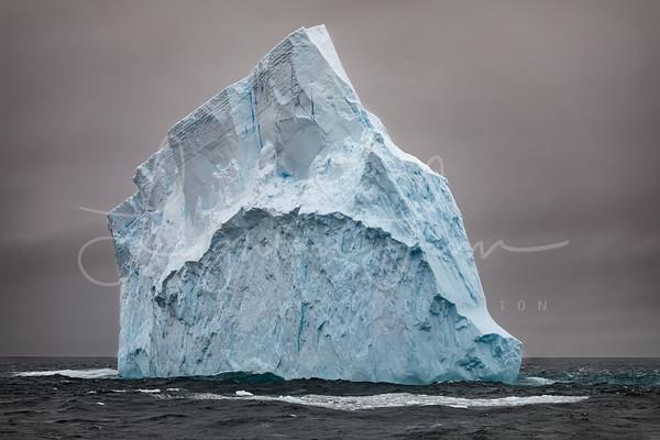 Moody Iceburg