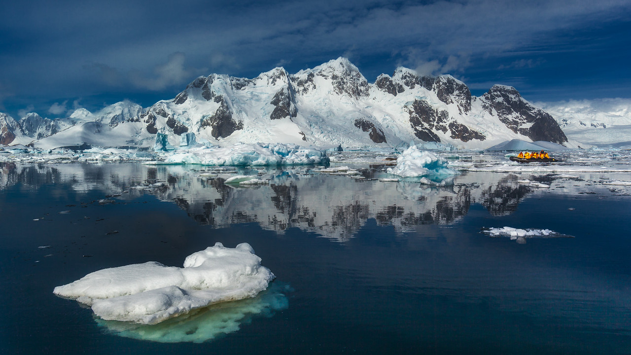 The tranquil scenery of Antarctica