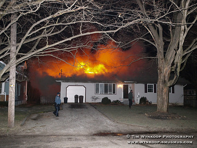 Belvidere, NJ, 2008-01-01: Fire engulfs a home at 416 Knowlton Street, Belvidere early Tuesday morning. The residents of the home were evacuated and there were no injuries. (Photo by: Tim Wynkoop)