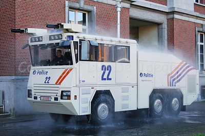 "The brand new Ziegler Wawe 9 water cannon at work. Everywhere around the vehicle are sprinklers that can ""clean"" the vehicle and extinguish small fires. The Ziegler water cannons will replace the MOL MSB18 6x6 vehicles."