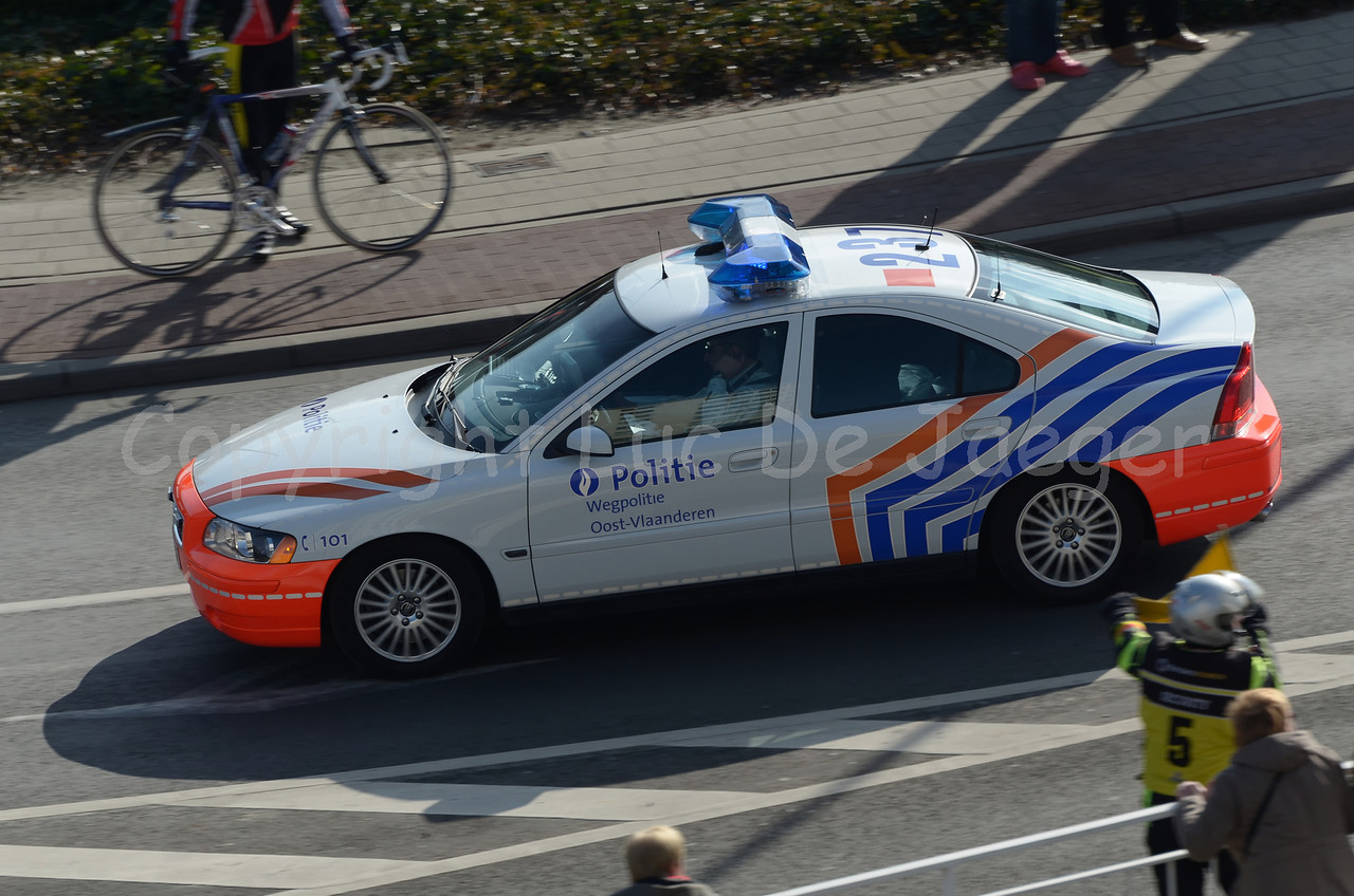 A Volvo S60 rapid intervention car of the federal traffic (highway) police (federale wegpolitie).