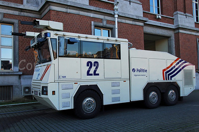 The brand new Ziegler Wawe 9 water cannon. These Ziegler water cannons will replace the MOL MSB18 6x6 vehicles.