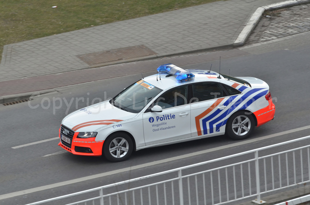 The Audi A4 rapid intervention car of the federal traffic (highway) police (federale wegpolitie).