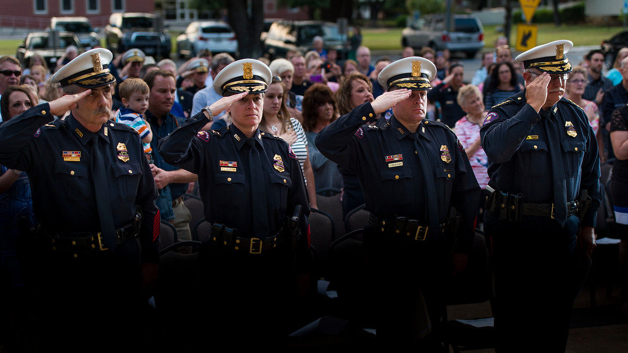 Candlelight Service_Police_2017_043