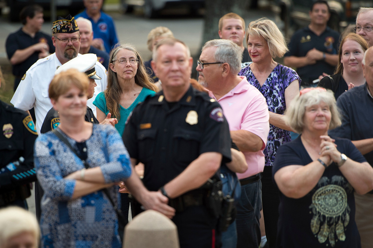 Candlelight Service_Police_2017_032