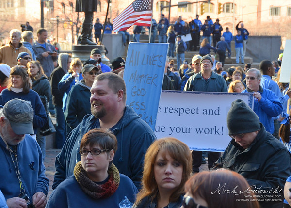 Sea of Blue Support Rally - Cleveland, Ohio