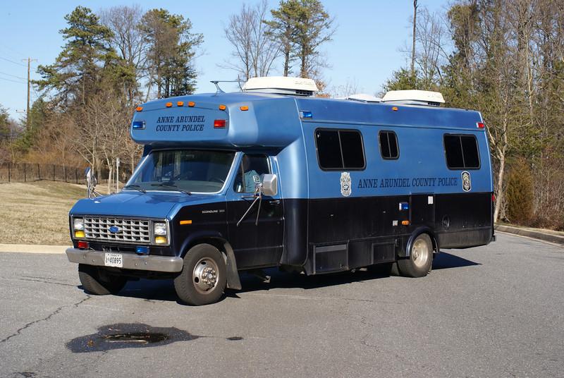 Hostage Negotiation Command Bus