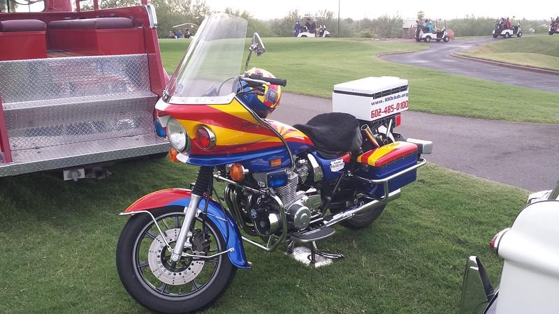 AZ 100 Club Kawasaki Police 1000 a