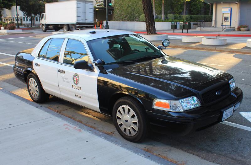 LA City PD Ford Crown Victoria #88026 (ps)