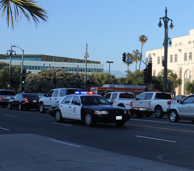 LA City PD Ford Crown Victoria Code 3 (ps)