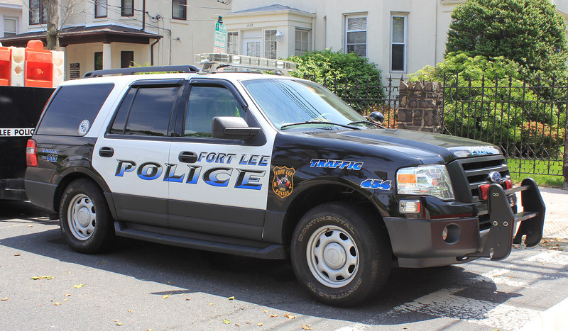 FLPD 454 Ford Expedition (ps)