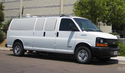US Immigration P63863 Chevy 3500 Van (ps)