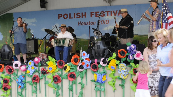 Siwi Kon by Brian Marshall and the Tex-Slavic Playboys. Brian Marshall, Chuck Bolin, Bradley Jaye Williams, Mark Rubin and Tim Walsh.  4th Annual Polish Festival Houston, Texas May 1, 2010