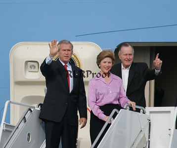 41 & 43 1st LAdy Return from Vatican