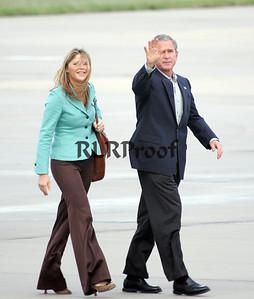 President George W Bush & Jenna Bush