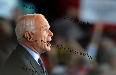 Republican Presidential Candidate John McCain greets supporters at a Victory Rally, 18 September, 2008 in Cedar Rapids, Iowa.