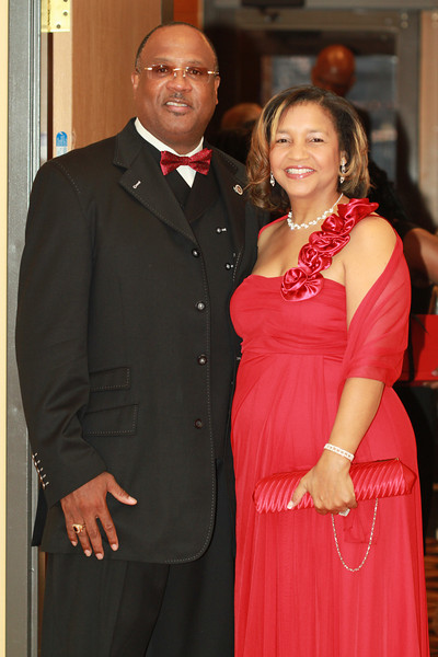 Red and White Ball 152