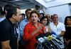 Presidential candidate Dilma Roussef, center of PT, Partido dos Trabalhadores, (Workers Party) speaks with the media at Cantagalo slum, Rio de Janeiro, Brazil, September 25, 2010.<br /> Brazil will hold presidential elections on October 3. (Austral Foto/Renzo Gostoli)