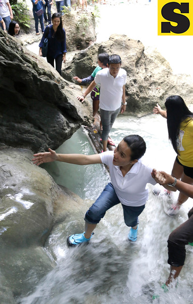 Grace Poe and Chiz Escudero in Samboan, Cebu