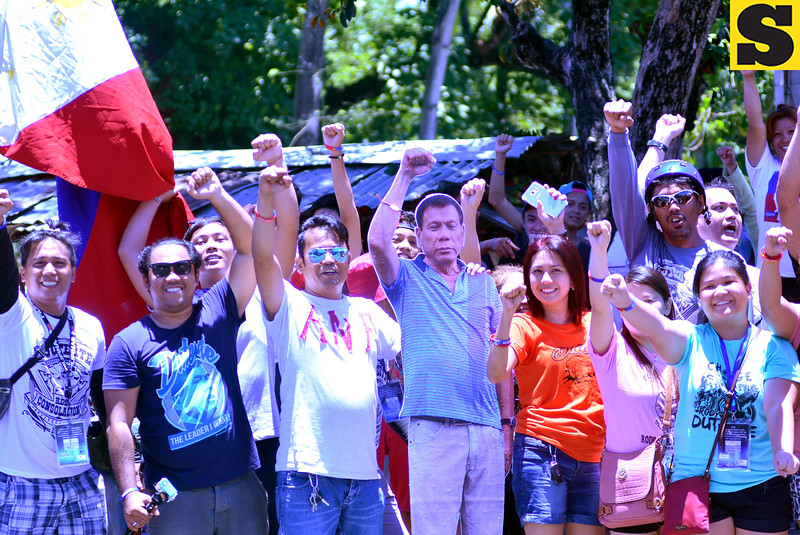 Rodrigo Duterte supporters