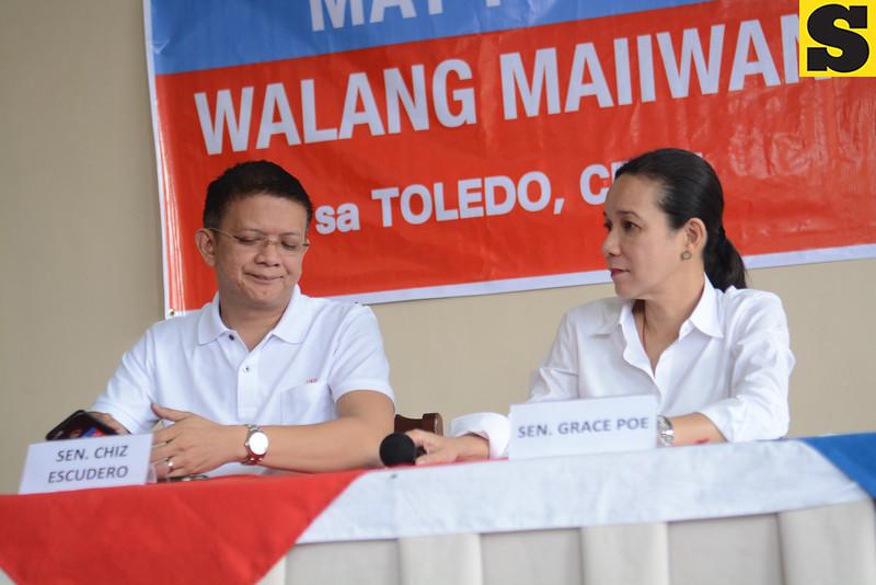 Senator Grace Poe and Chiz Escudero in press conference at Toledo City for thier out of town campaign