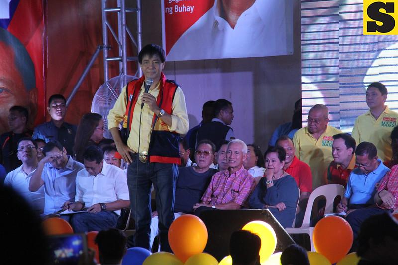 Cebu City Mayor Mike Rama introduces UNA members