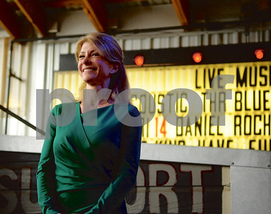 Wendy Davis, District 10 Texas state senator and Democratic gubernatorial nominee, smiles on stage at Stanley's Famous Pit Bar-B-Q on Saturday morning during a campaign stop in Tyler. (Victor Texcucano/Staff)